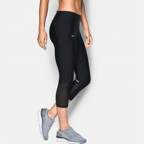 Imbracaminte - Under Armour Fly-By Capris 7933 | Fitness